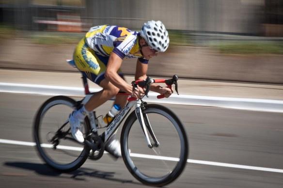 Panning realizado em uma corrida de ciclismo.